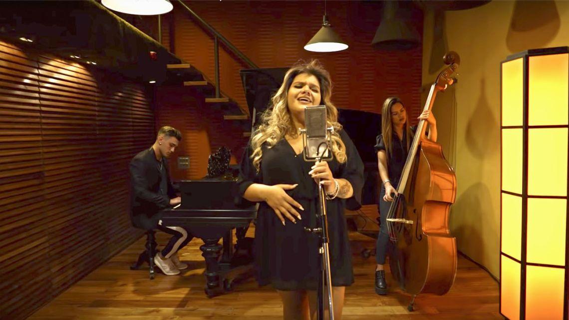 La carrera musical de Morena Rial suma una nueva polémica