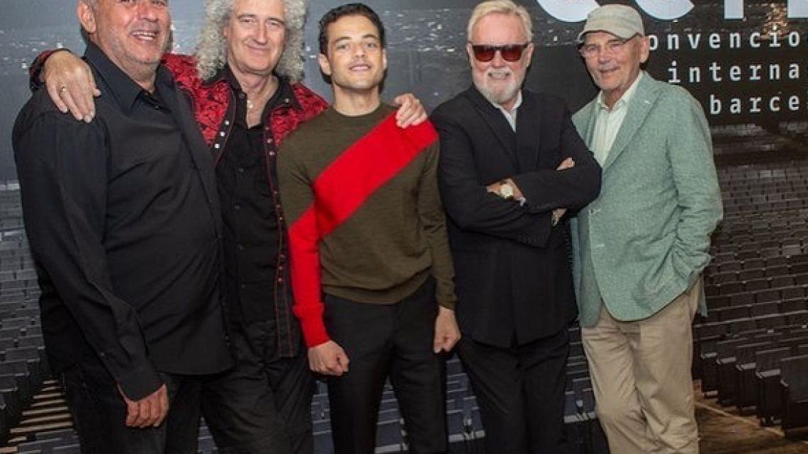 Queen junto a Rami Malek, el actor que personificó a Fredie Mercurydi