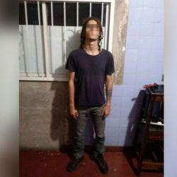 Dante Casermeiro, el hijo de Federica Pais, tras ser detenido.