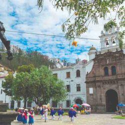 Con antecedentes preincaicos y coloniales, la capital ecuatoriana es el punto de partida hacia una región verde, ideal para la pesca y la aventura.