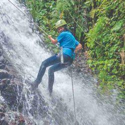 La experiencia del canyoning en Pahuma es una gran aventura.