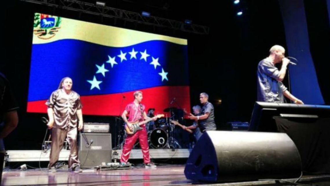 La Bersuit se presentó en el recital de Nicolás Maduro