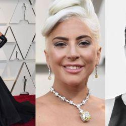 Lady Gaga by Alexander Mc Queen acompañó el look con joyas Tiffany's.