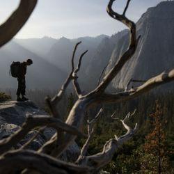 El documental Free Solo, que acaba de ganar un Oscar, retrata la odisea de un escalador solitario en modalidad sin cuerda.