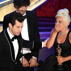 Lady Gaga se llevó el premio a Mejor Canción.