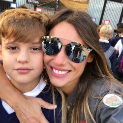Pampita y Benjamín Vicuña juntos en el primer día de clases de sus hijos