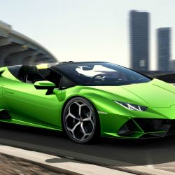 Lamborghini Huracán EVO Spyder.