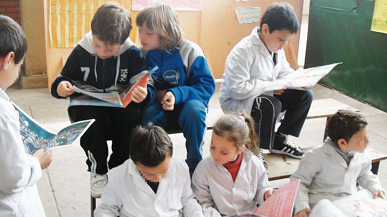 Chicos en el aula