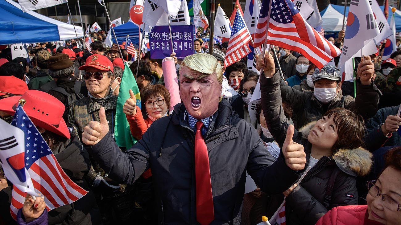 Trump llama 'muy sustanciales' las negociaciones con Norcorea