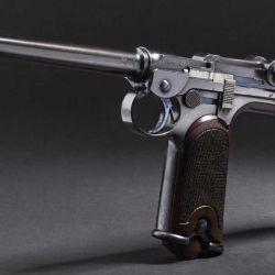 La Borchardt C-93 fue la primera pistola semiautomática pensada para producirse a gran escala.