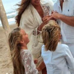 La actriz celebró el amor con su familia.