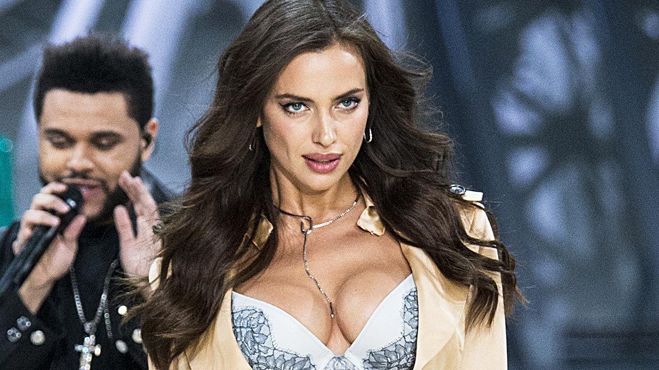 Corazones. Irina fue pareja de Cristiano Ronaldo por cinco años. Luego un romance fugaz con 'La Roca' Johnson. Y en 2015 Bradley Cooper llegó a su vida: tienen una hija.