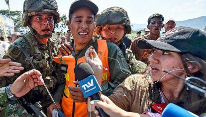 Dificultades. Los medios deben lidiar con el poder político y también con el militar que apoya al gobierno de Nicolás Maduro.