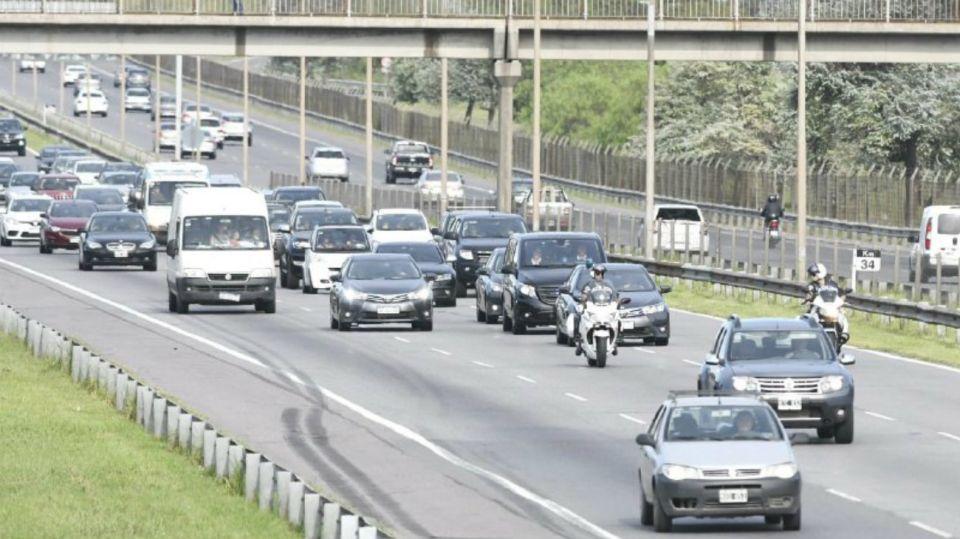 La caravana que trasladó al presidente Mauricio Macri. Foto: Ernesto Pages.