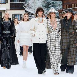 El último desfile de Lagerfeld para Chanel, con Mica Argarañaz a la cabeza.