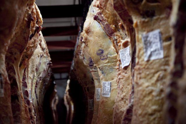 Bajaron el peso mínimo para comercializar hembras bovinas con destino a faena.