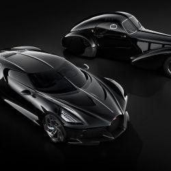 El Bugatti La Voiture Noire junto al Type57SC Atlantic Coupé