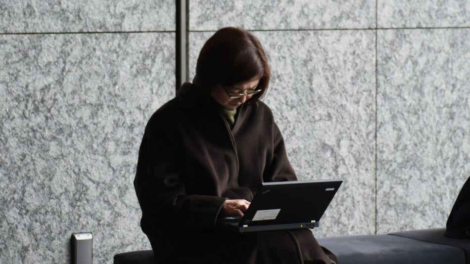 La mujer cada vez está más inserta en el mercado laboral