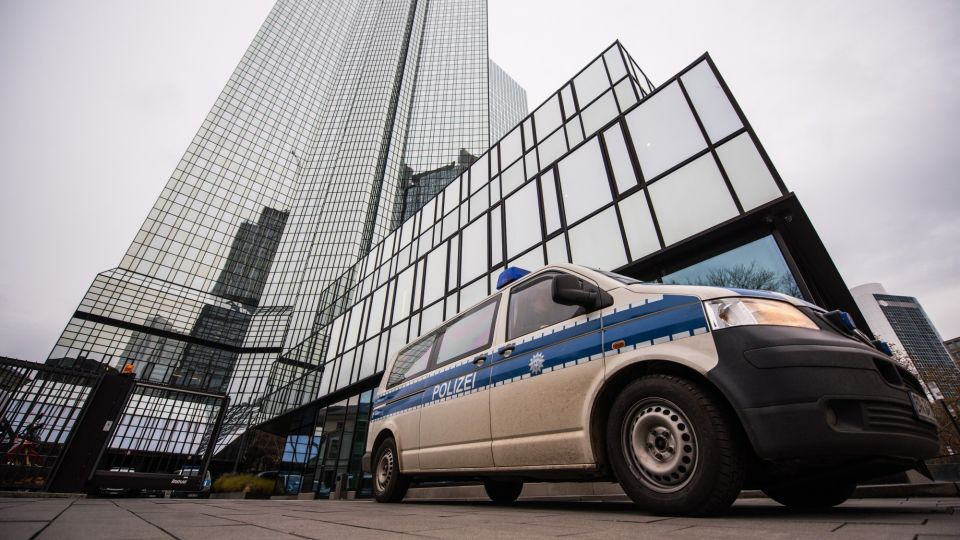 Deutsche Bank Headquarters Searched In Panama Papers Probe