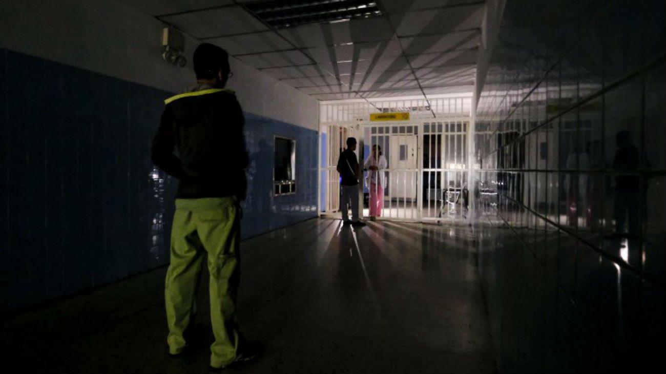 """Sigue el apagón en Venezuela: Maduro acusó a Estados Unidos de liderar la """"guerra eléctrica"""""""
