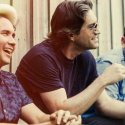 El trío pop internacional, Bacilos