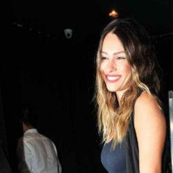 Pampita acompañó a su novio en la inauguración de su nuevo bar/ Fotos: Mauro Fonseca.