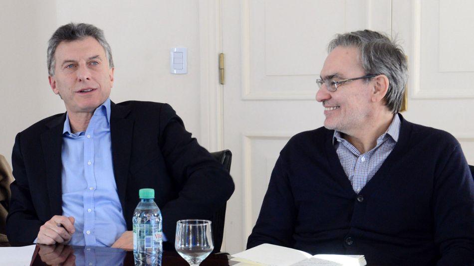 Mauricio Macri y el secretario de Energía, Gustavo Lopetegui