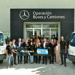 Lanzamiento industrial del camión Accelo en la planta de Virrey del Pino.