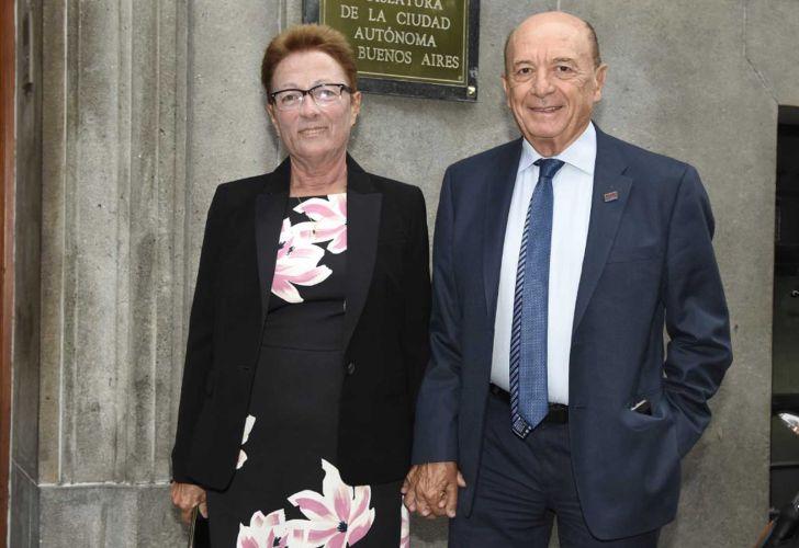 Alfredo Coto y esposa.