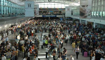 Enero fue el mejor mes de la historia en llegadas de turistas extranjeros vía aérea.