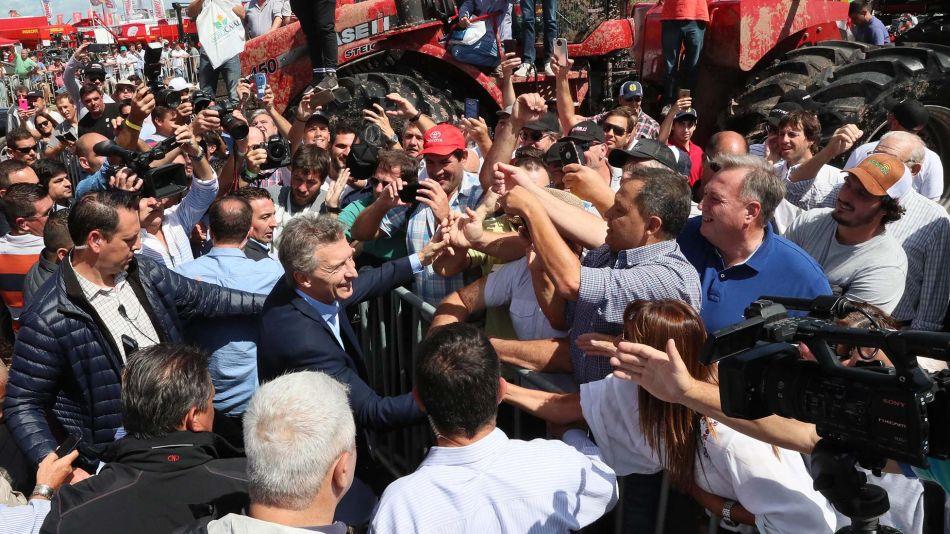 El presidente Mauricio Macri recorrió la muestra Expoagro, en el partido bonaerense de San Nicolás.