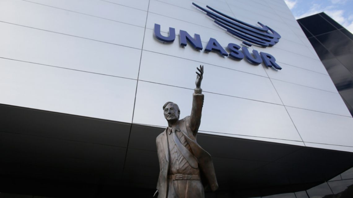 A statue of late former Argentine president Néstor Kirchner stands at the entrance to the UNASUR bloc's headquarters.