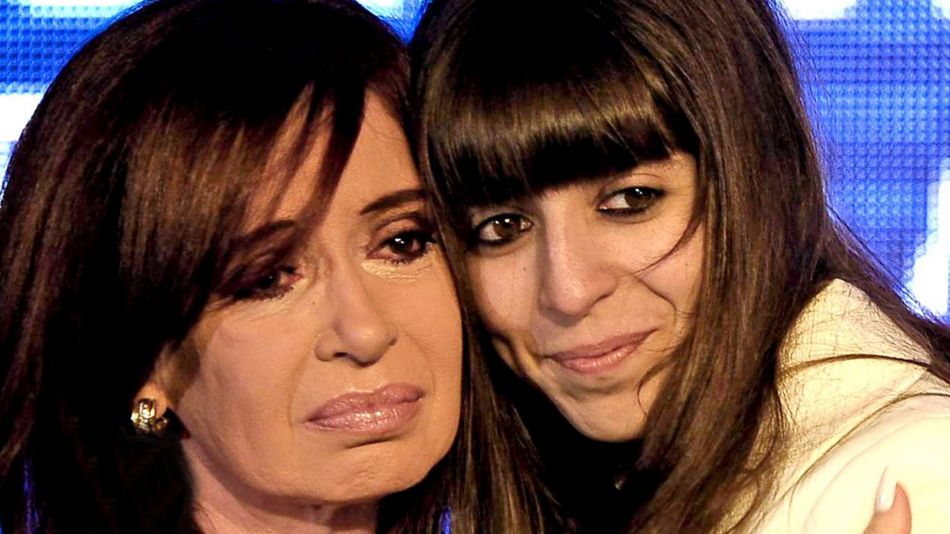 Cristina y Florencia Kirchner video twitter