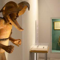 Por primera vez en muchos años, se exhiben al público objetos recopilados pertenecientes a Moctezuma en el fantástico Castillo de Chapultepec en el DF mexicano