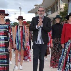 El desfile de Benito Fernández