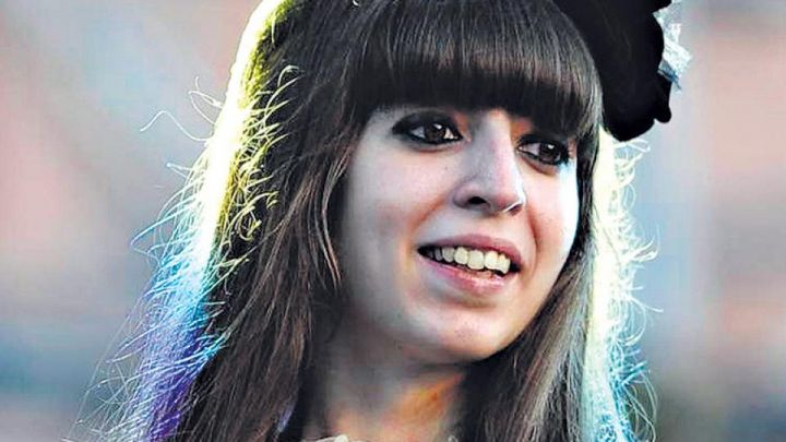 Helena, la hija de Florencia Kirchner se refugia en el amor de su padre