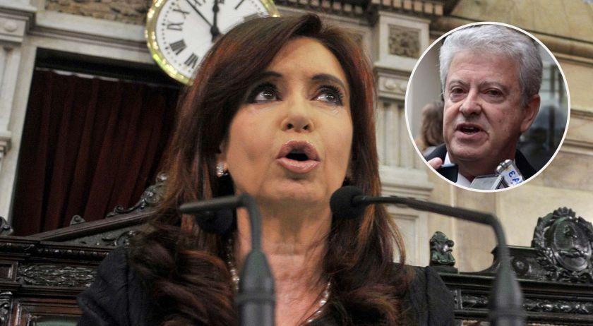 Cristina Kirchner fue recibida en La Habana por Raúl Castro