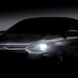 Teaser oficial del Chevrolet Onix sedán chino, versión Redline.