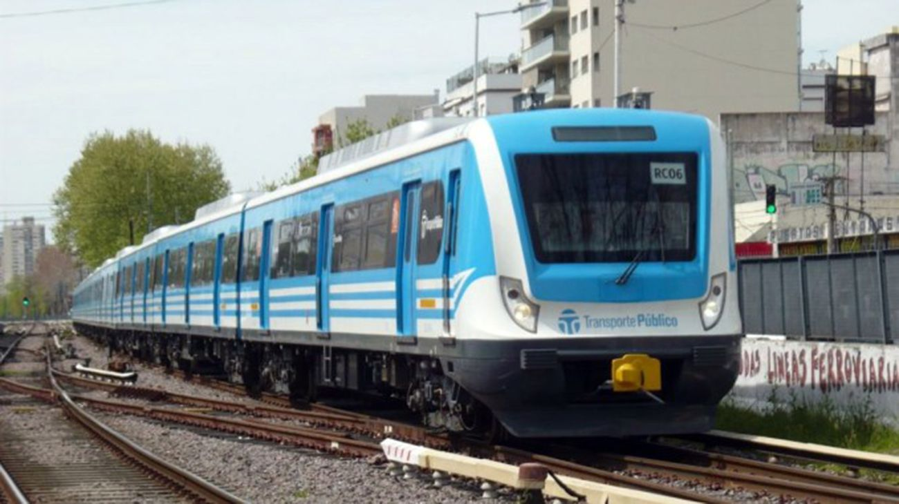 Suspenden el servicio del Ferrocarril Sarmiento por amenazas de bomba en Morón y Merlo