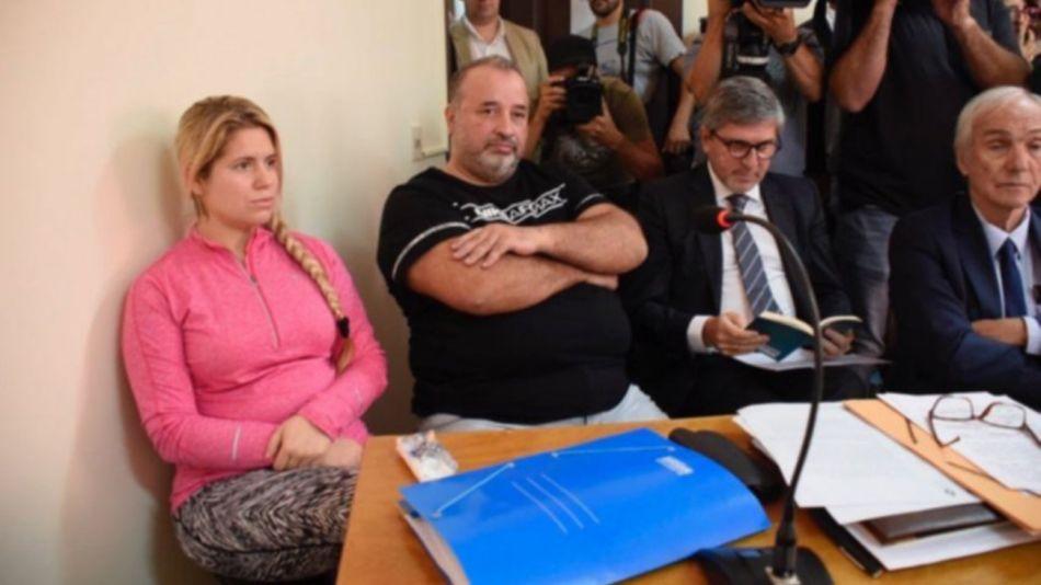 El sindicalista Marcelo Balcedo y su esposa Paola Fiege.