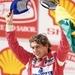 Celebrando uno de sus 80 podios en la Fórmula Uno: finalizó entre los tres primeros en el 49,7% de sus Grand Prix