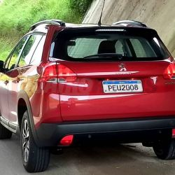 Imagen del renovado Peugeot 2008 tomada por Rodrigo Ribero/Quatro Rodas.