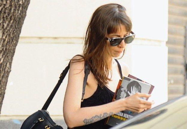 Autorizan a Florencia Kirchner a quedarse sólo 15 días más en Cuba