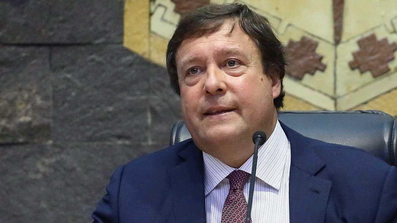 Weretilneck asegura que lo proscribieron al no dejarlo presentarse a la reelección