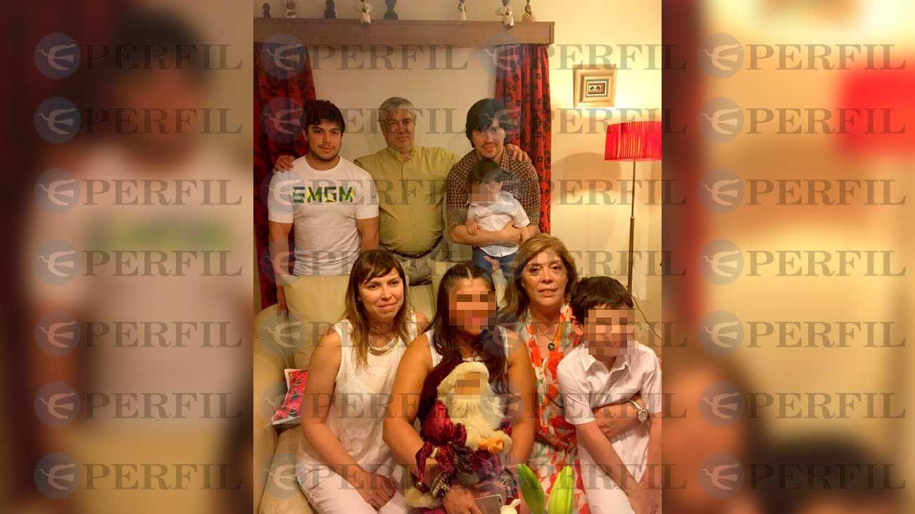 Los Báez, en una postal familiar e inédita.