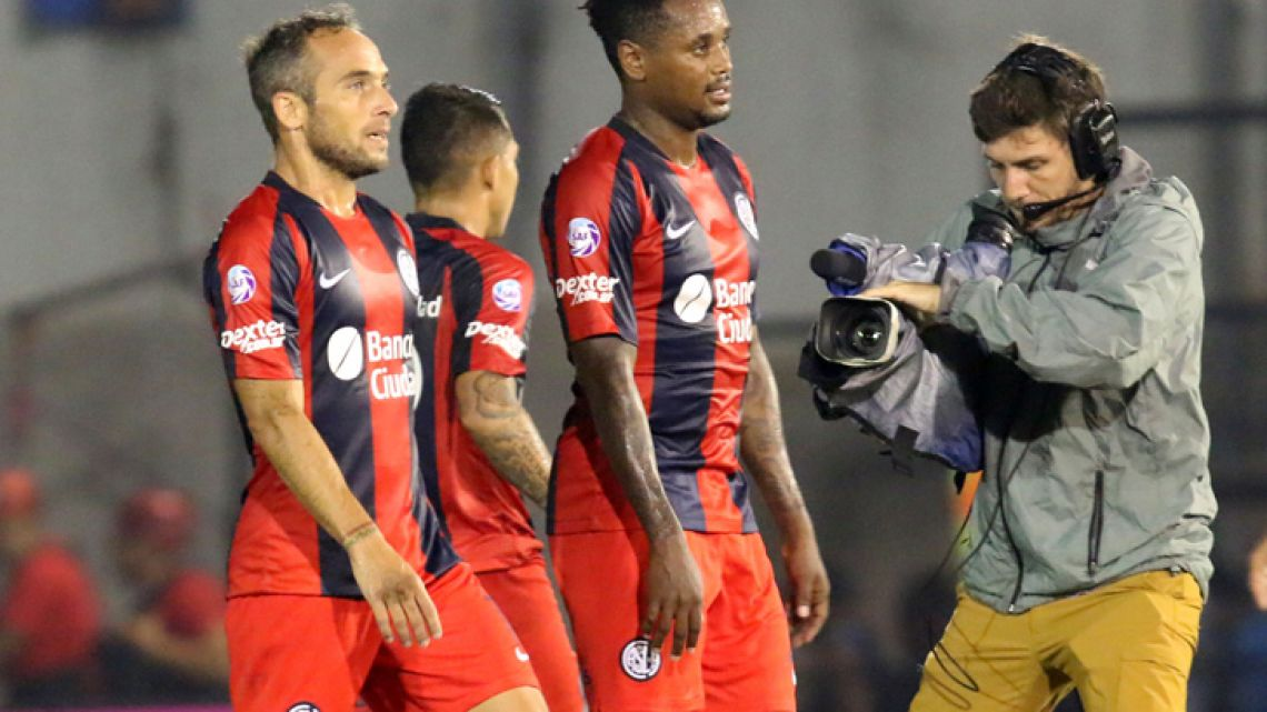 San Lorenzo have been slapped with a six-point deduction and a transfer ban for alleged financial irregularities.