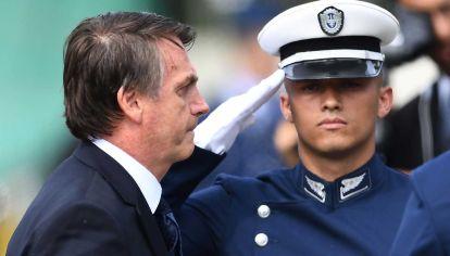 Jair Bolsonaro y la Fuerzas Armadas