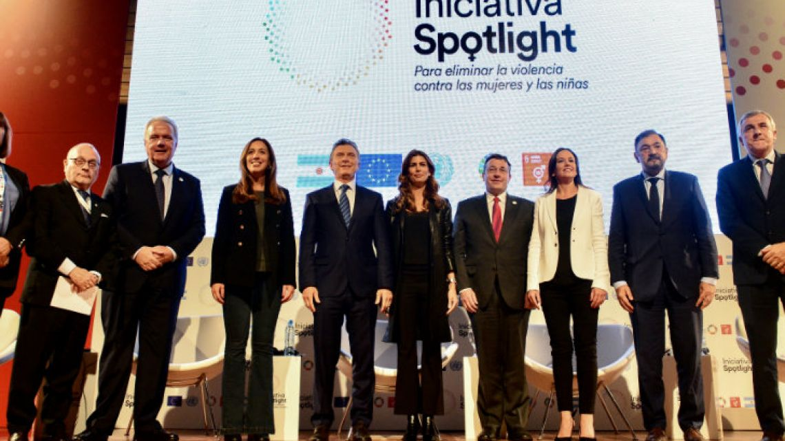 President Mauricio Macri poses with leading figures including Fabiana Túñez, Jorge Faurie, María Eugenia Vidal and Juliana Awada, during an event at the CCK on Thursday unveiling the Spotlight Initiative against gender violence.
