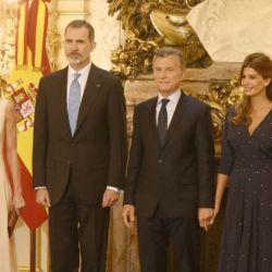 Juliana Awada y la Reina Letizia impactaron con su look en la Casa Rosada