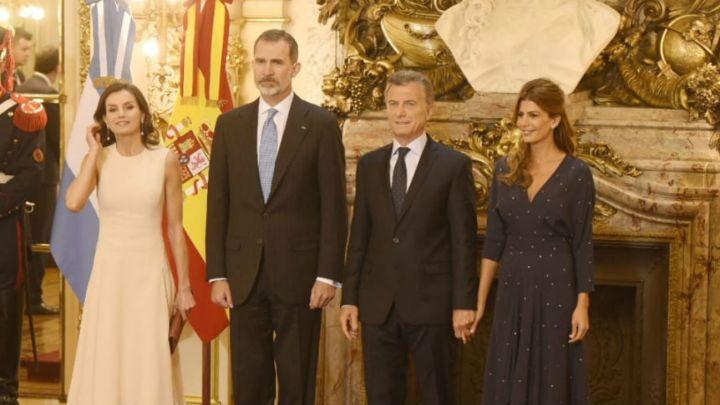 Juliana Awada y la Reina Letizia impactaron con sus looks en la Casa Rosada